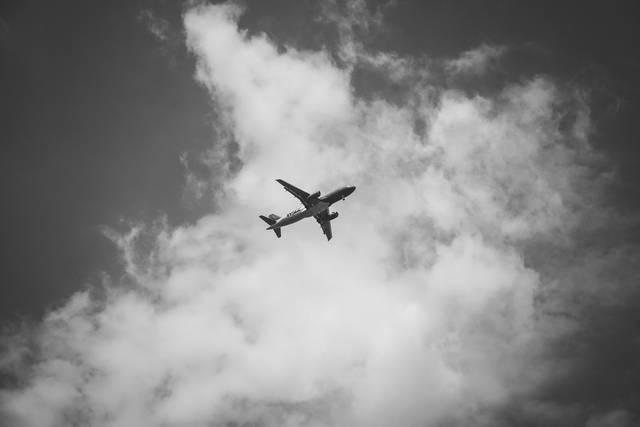 reiseflugzeug_sw_640x427_15kb